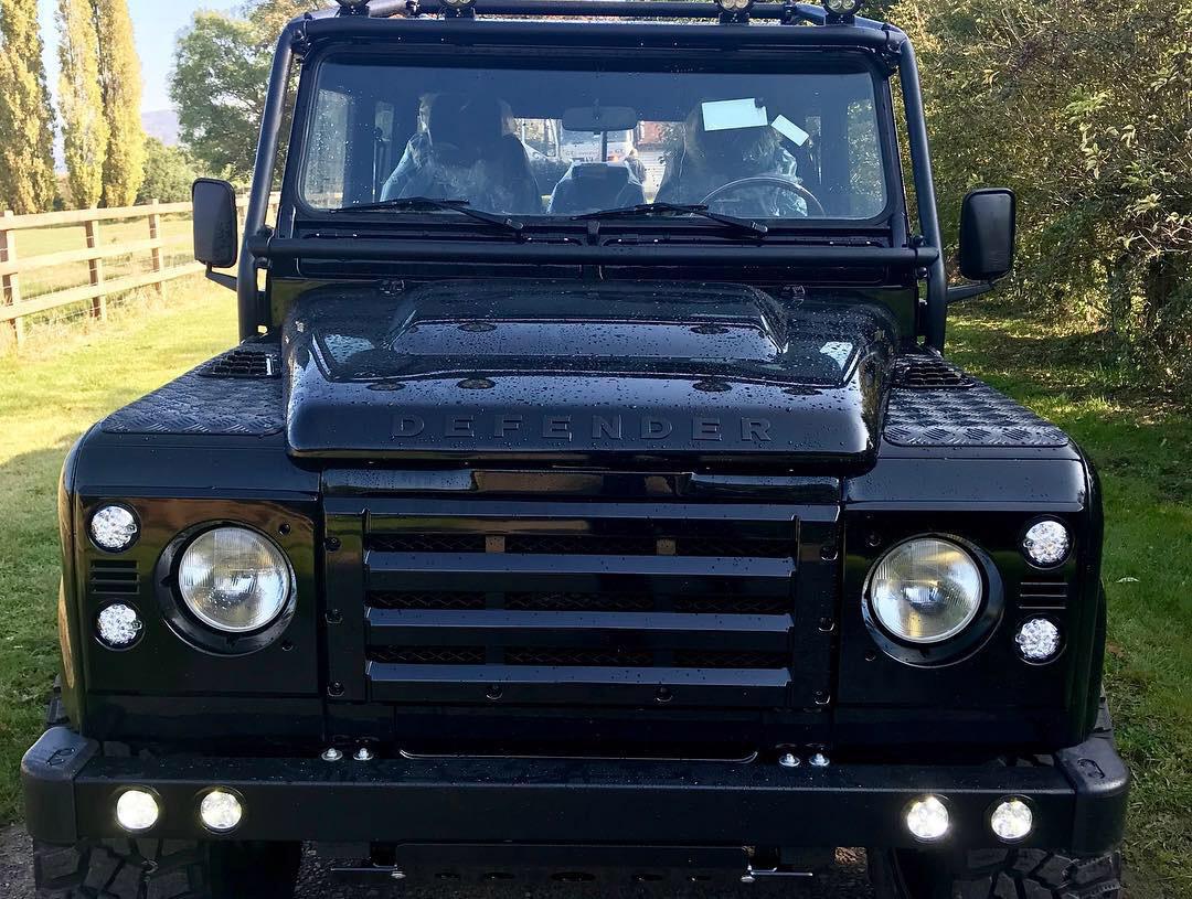 Land Rover Defender D130