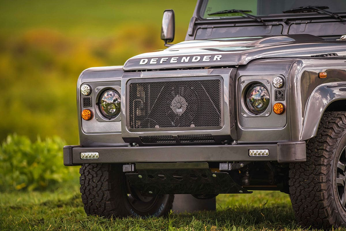 Land Rover Defender D90: Exterior Grill and Headlights