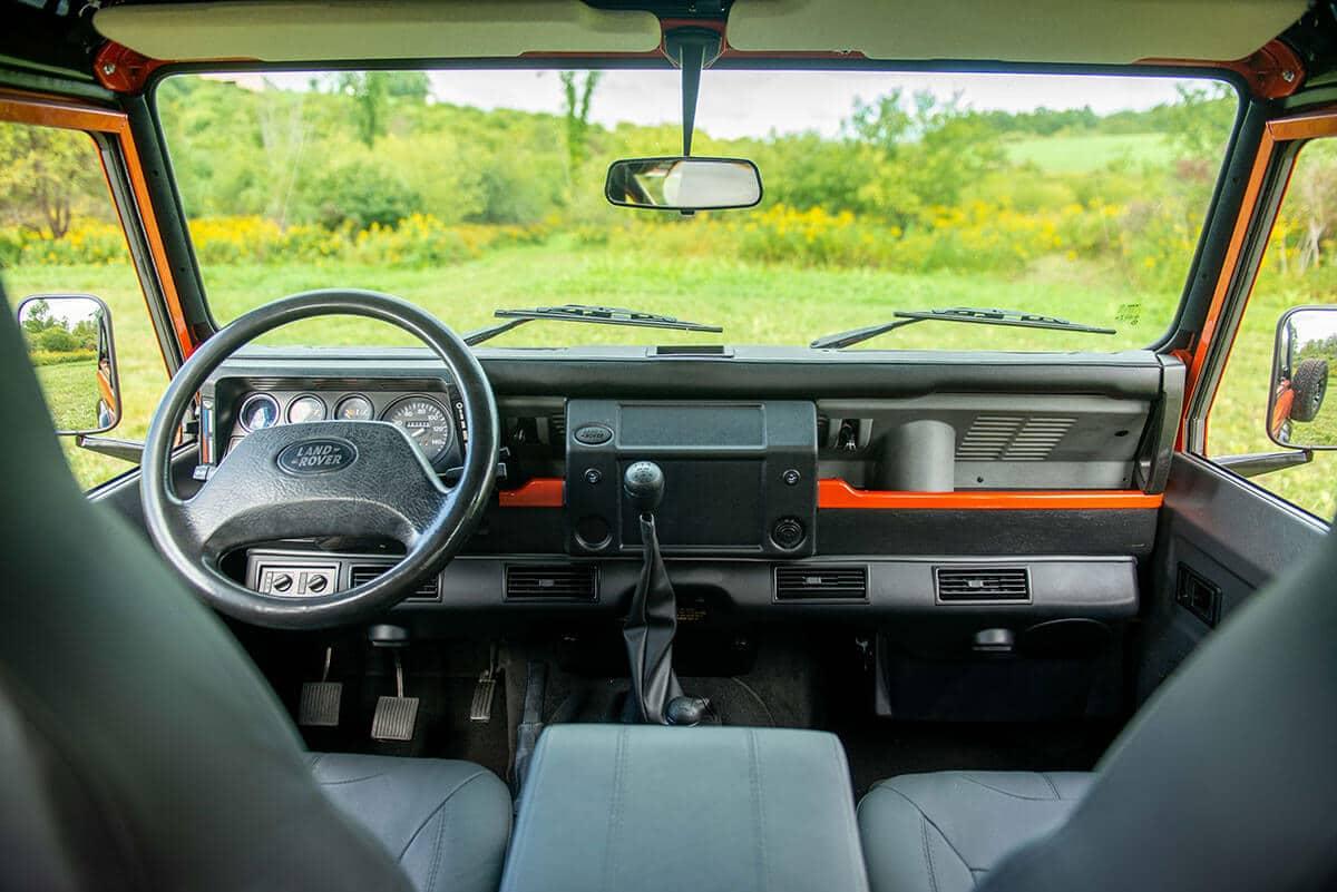 Land Rover Defender D90 Soft Top: Interior Front Cabin