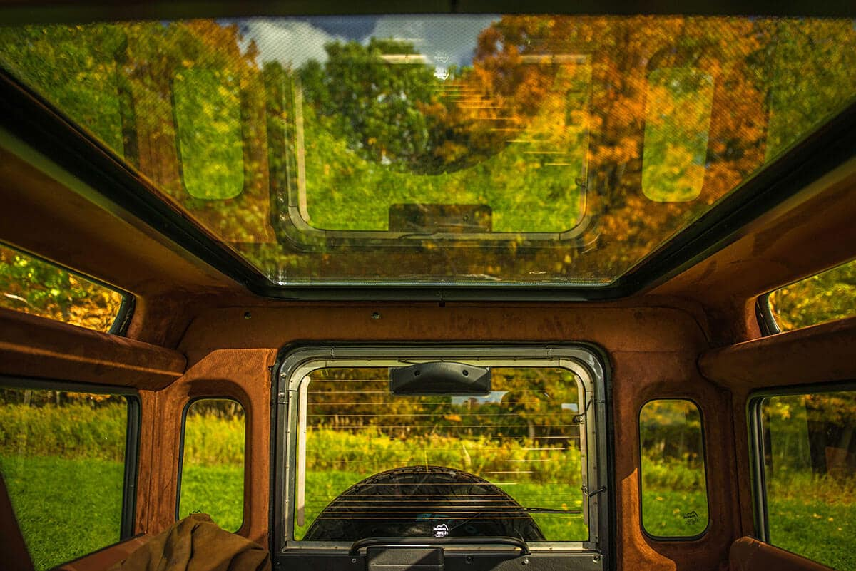 Land Rover Defender D90: Interior Panoramic Roof System