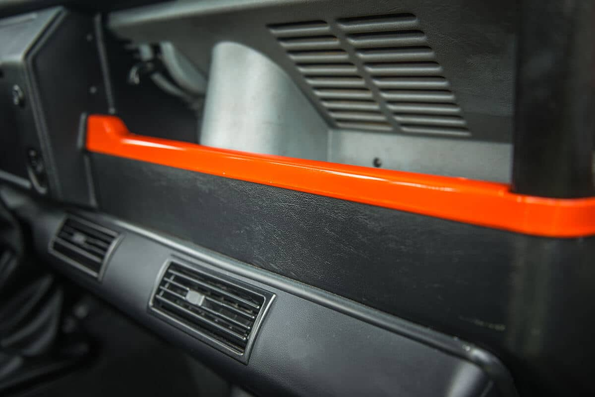 Land Rover Defender D90 Soft Top: Interior Dashboard Detail