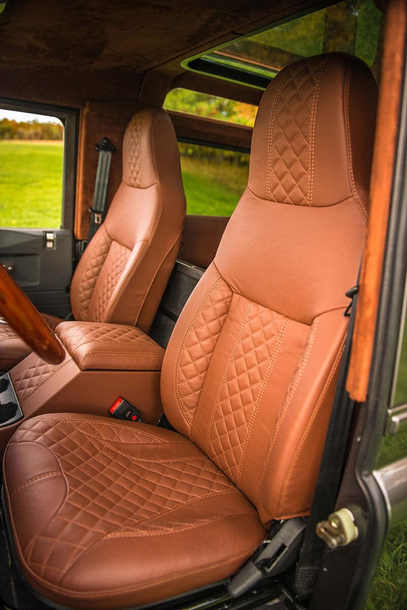 Land Rover Defender D90: Interior Leather Front Seats