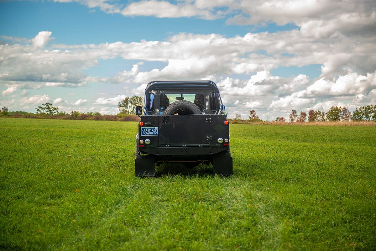 The Helderburg Performance Tuned 300 TDi and TD5 is highly reliable, powerful, cost of ownership is lower than anything else and fuel efficiency is in the upper 20s therefore that is all we offer. We don't offer Corvette, Cummins or Electric motors and that is why a Helderburg increases in value and has a higher resale.