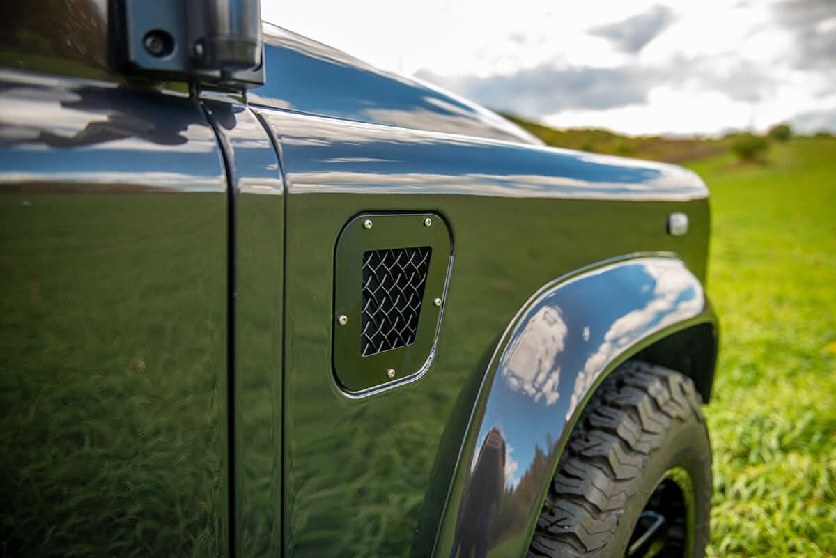 Land Rover Defender D110 Double Cab Bowler Bulldog: Exterior Detail Vent