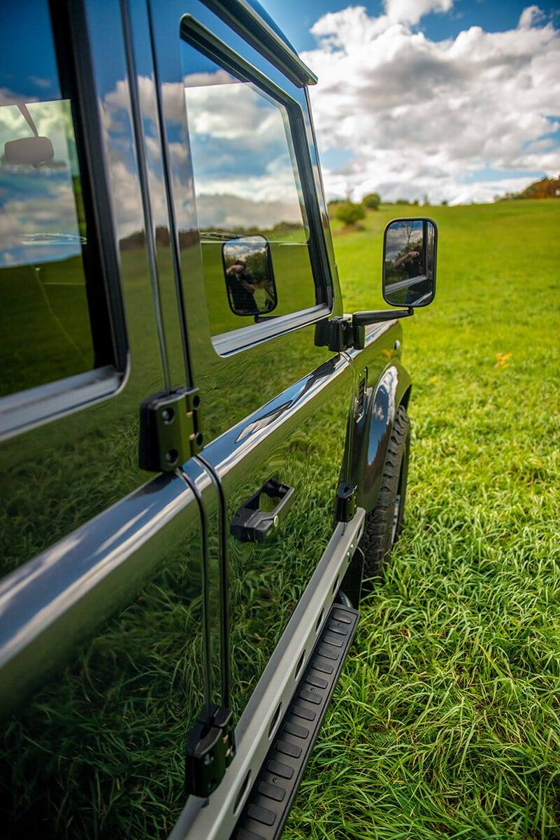Land Rover Defender D110 Double Cab Bowler Bulldog: Exterior Detail Mirror