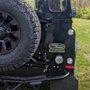 Land Rover Defender D110: Detail