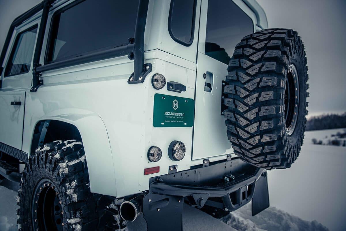 Arctic Package Helderburg Land Rover Defender D90: Exterior Rear view
