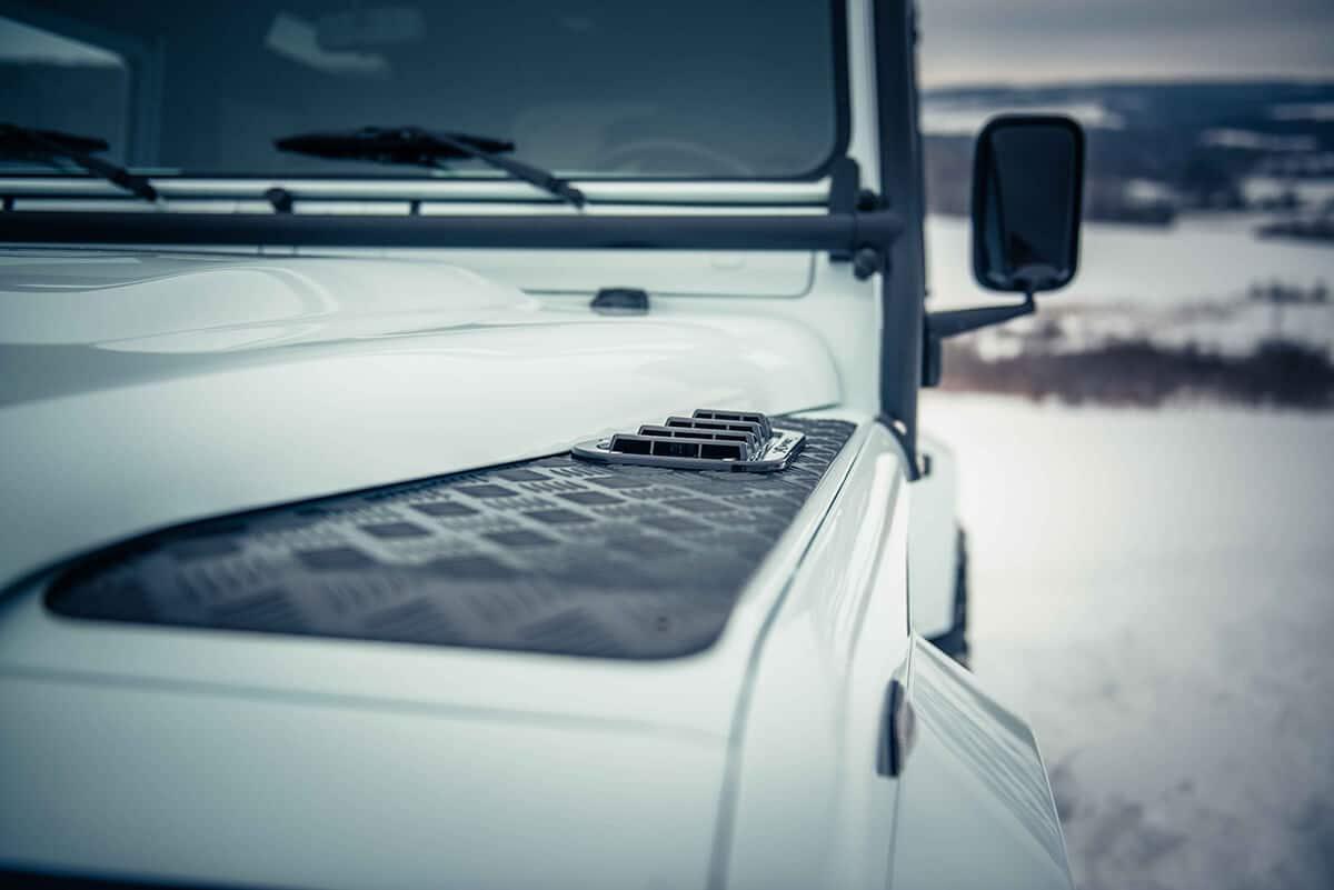 Arctic Package Helderburg Land Rover Defender D90: Exterior Detail