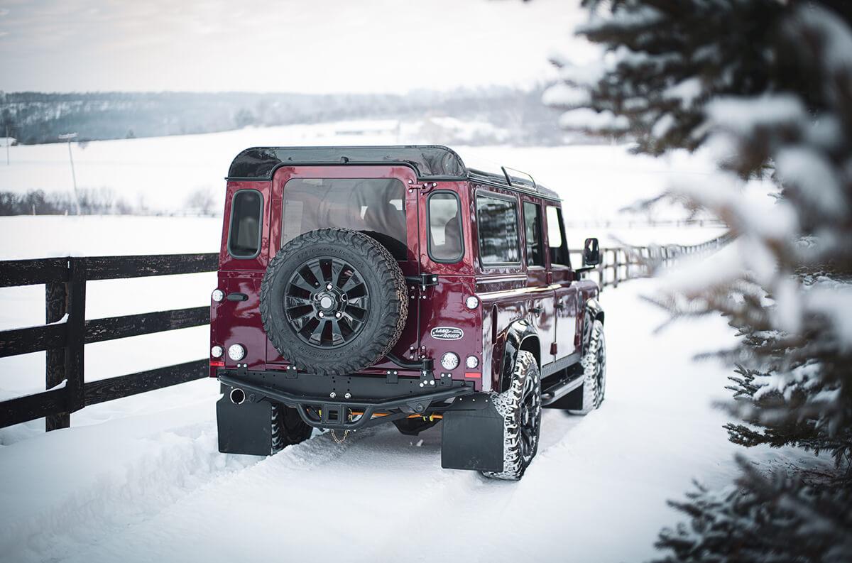Land Rover Defender D110: Exterior