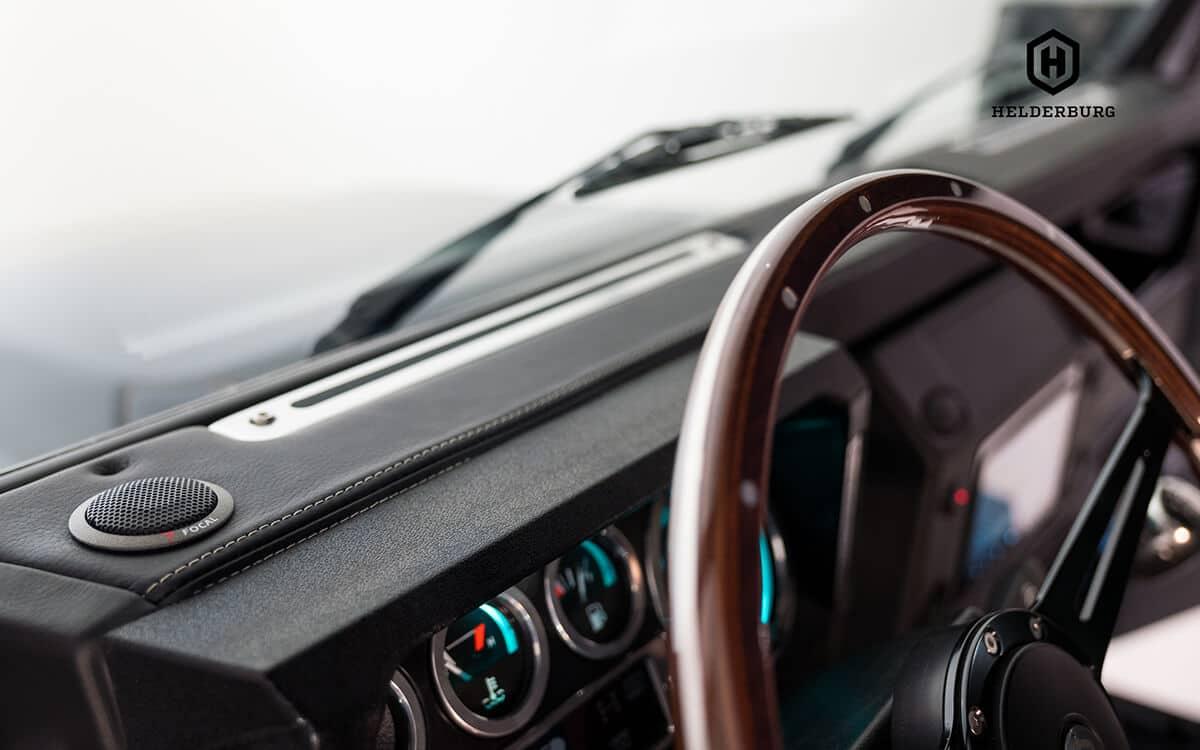 "Focal Component Hi Fi Audio with Alpine 7"" Apple Carplay Touchscreen"