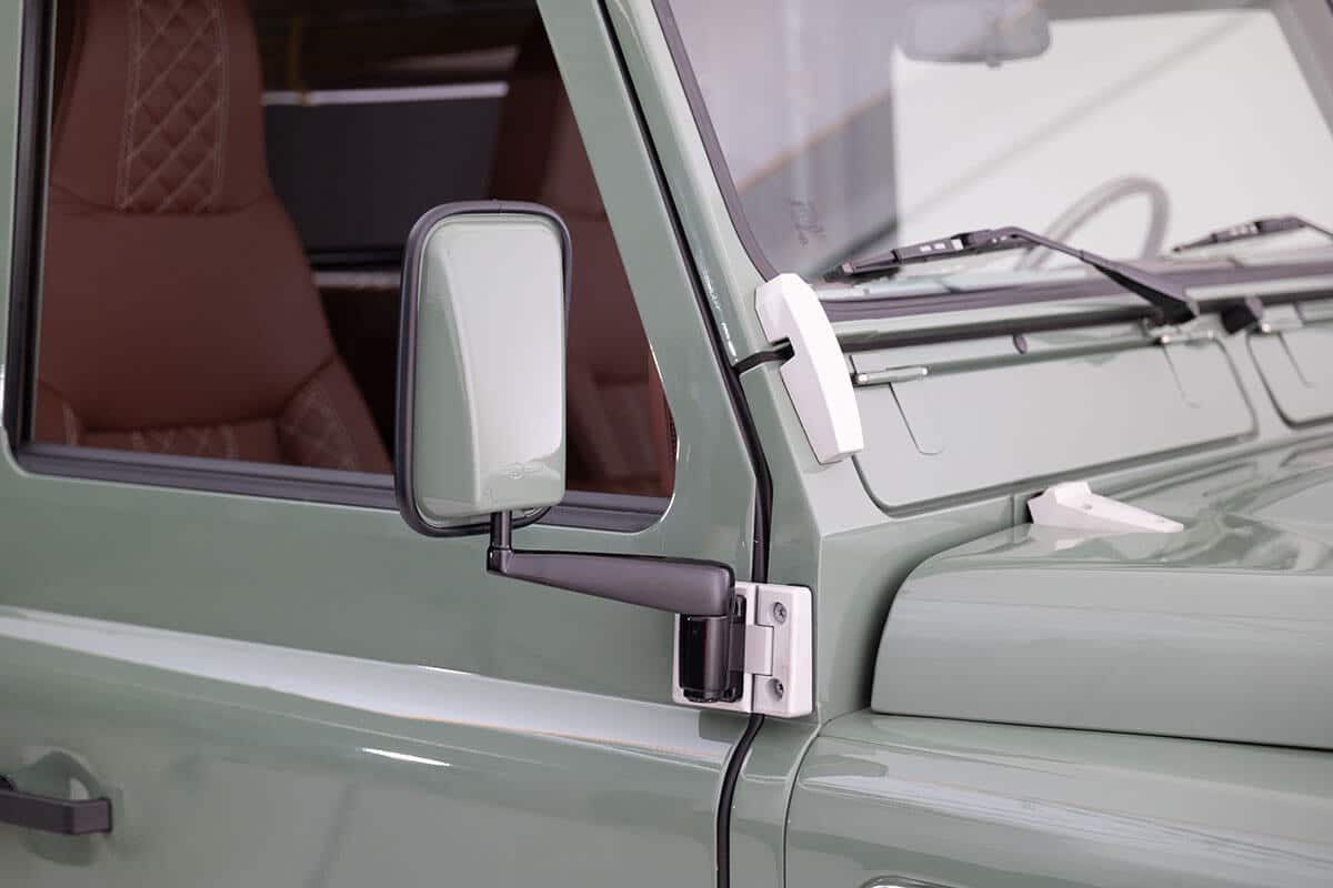 Yes they look classic since we are purist but you get all the modern conveniences of Apple CarPlay, Back Up Camera, Handsfree Calling, Navigation, Heated Seating and can add Power Windows and Central Door Locks. Send this picture to a friend and tell them it's time to own a Helderburg Defender.