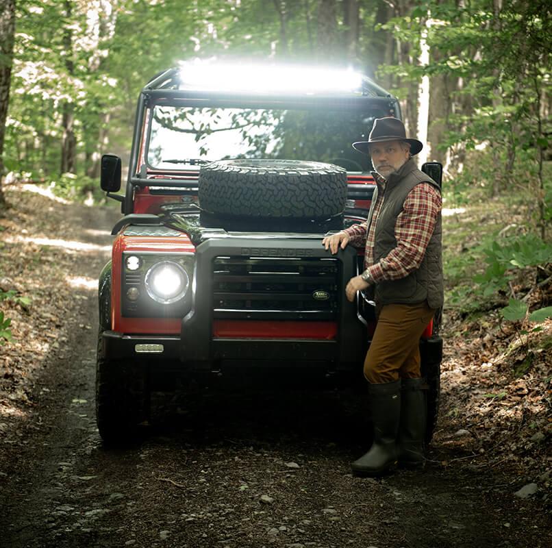 Helderburg Land Rover Defender D110 - Exterior: LED Adventure Bar Lights
