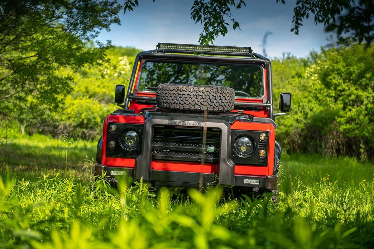 Helderburg Land Rover Defender D110 - Exterior