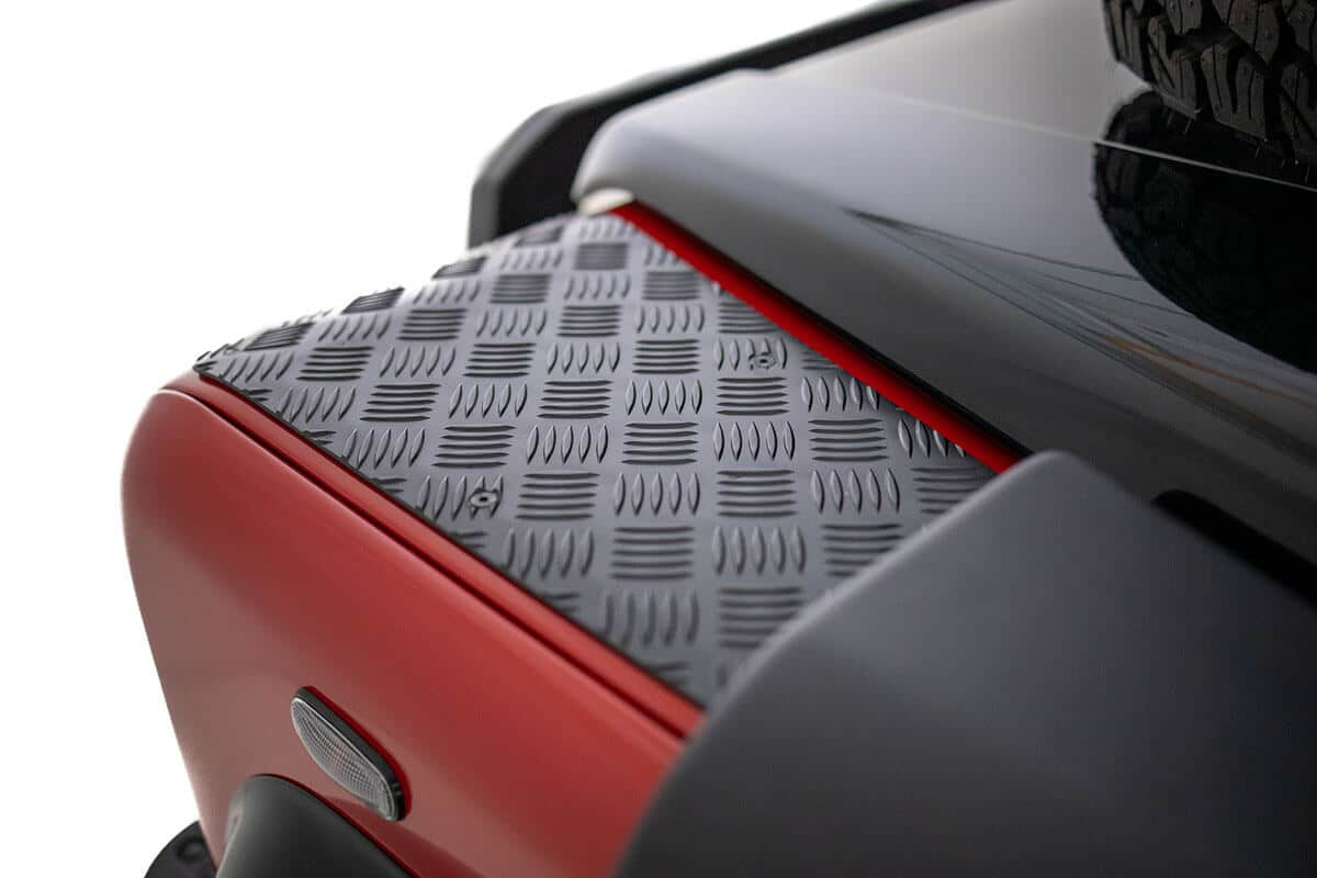 Helderburg Land Rover Defender D110 - Exterior Details: Chequer Plate