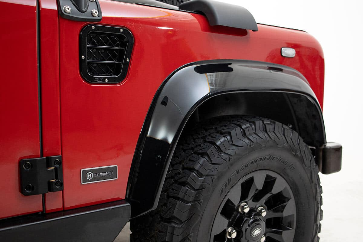 The suspension of a Helderburg Bespoke Defender can be Lifted, Lowered or Kept Stock. it all depends on your needs and lifestyle. We can help you decide in the Bespoke Consultation. Would you like to visit us in Sharon Springs, NY or have a video call? Send this image to a friend and ask them if this ride height is good?