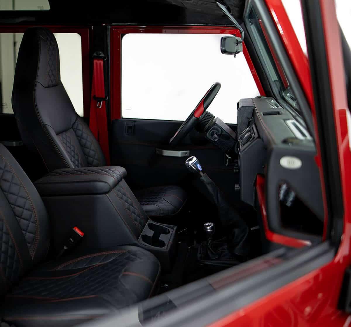 Helderburg Land Rover Defender D110 - Interior: Laether Front Seats